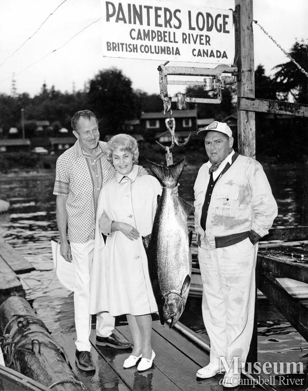 Vincent Price and his wife with catch