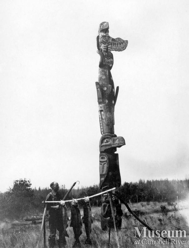 The Quocksister Pole on Campbell River Spit