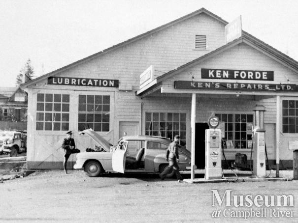 Ken Forde's garage in Willow Point