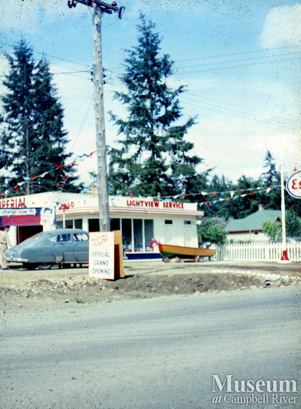 The Grand Opening of the Willow Point Esso