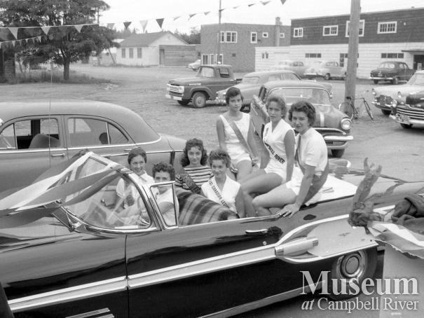 Miss Campbell River in Centennial Parade