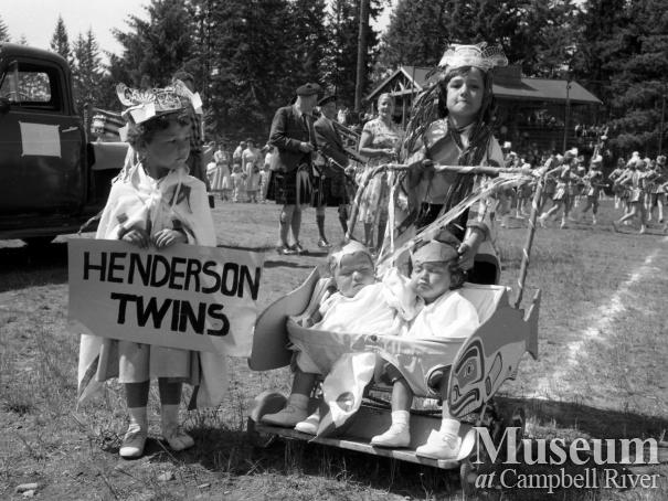 Henderson twins in the Parade, 1958