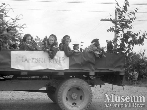 July 1st parade, Campbell River Brownies