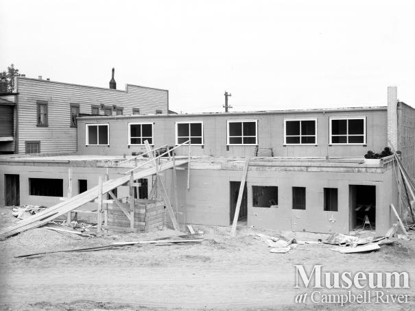 L&H block under construction, Campbell River